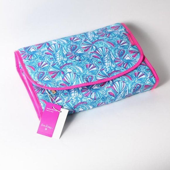 Lilly Pulitzer for Target Handbags - Lilly Pulitzer for Target Hanging Valet Case_NWT